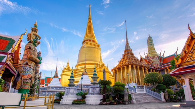 Wat Phra Kaew - Southtownboy Studio/Shutterstock
